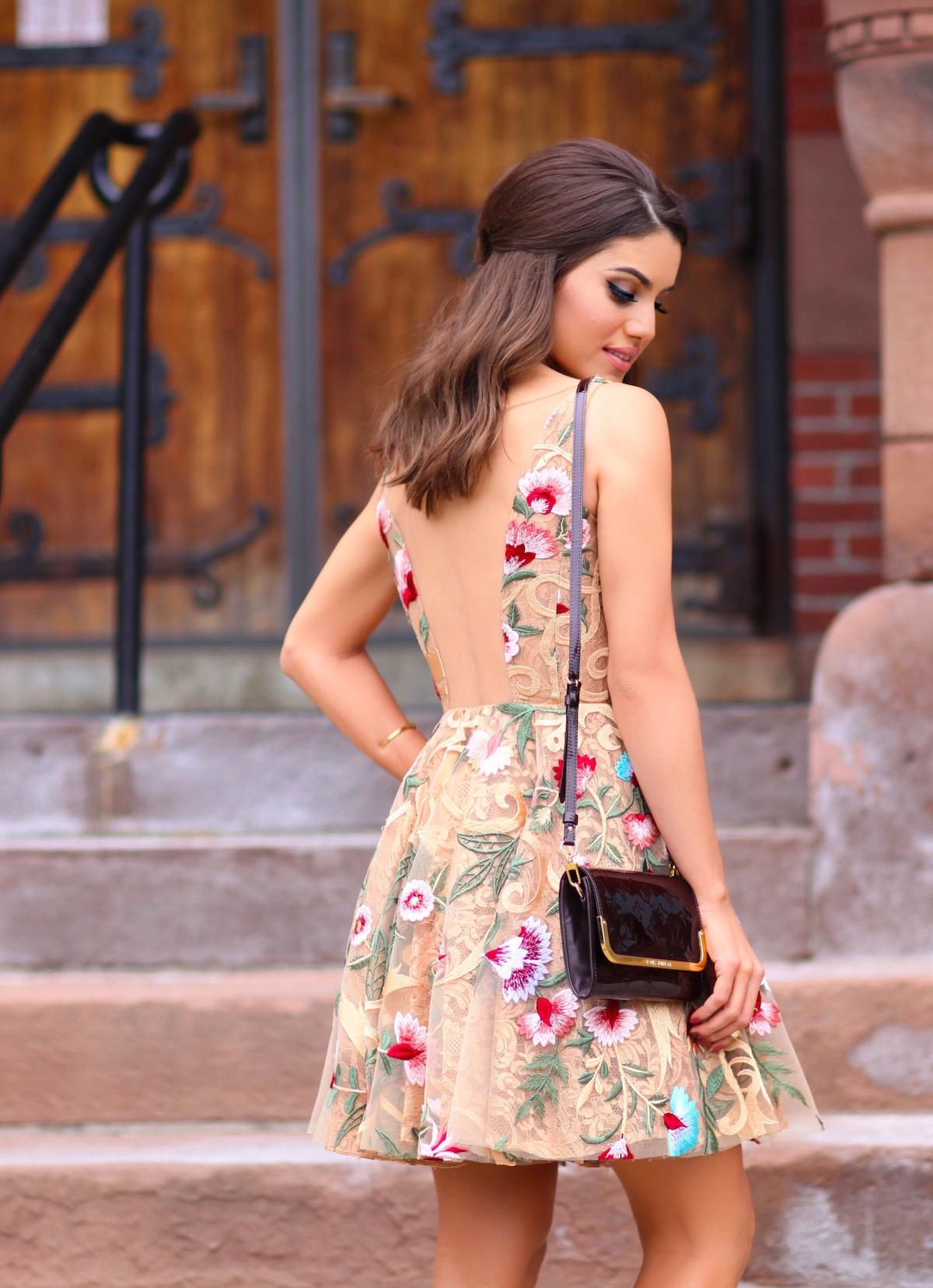 Bolsa De Festa Para O Dia : Vestido rodado de renda camila coelho modelagem looks