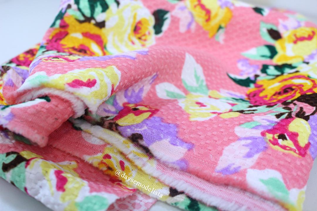 tecido floral fustão