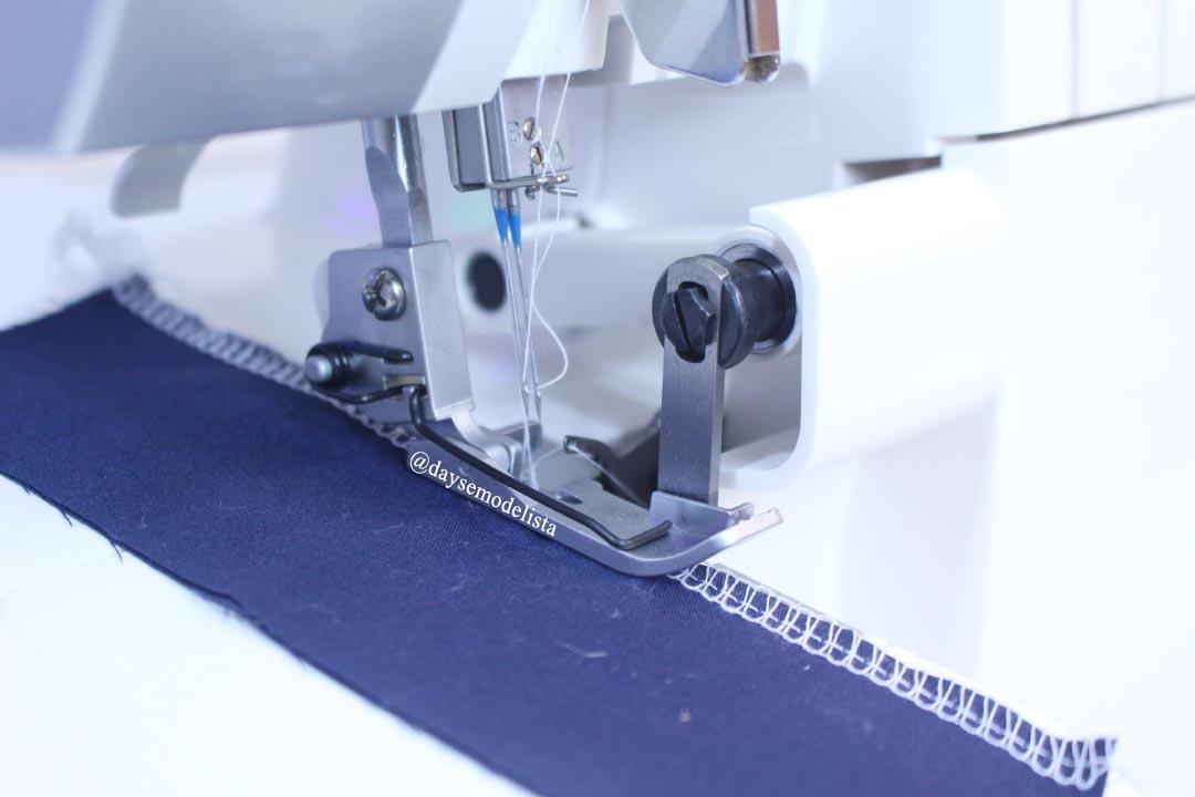 35e47ff701 Adquiri esta máquina recentemente e já falei sobre ela AQUI. Basicamente a  diferença entre ela e o overloque modelo anterior