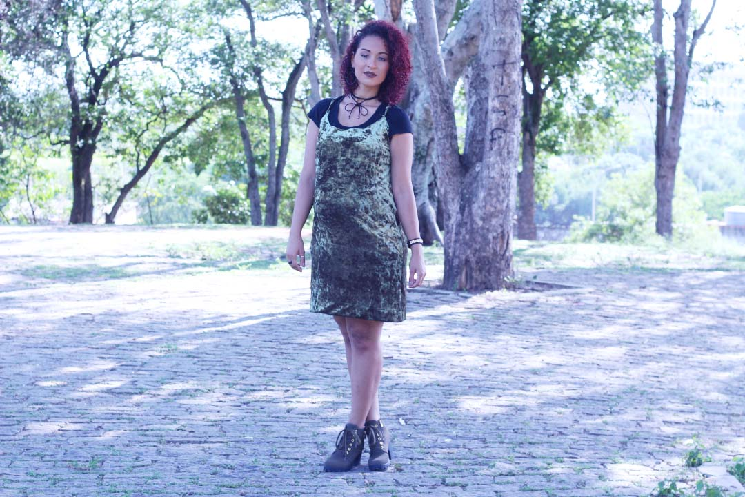 DIY,VESTIDO,DRESS,VELUDO,VELUDO MOLHADO,VELVET,VELVET DRESS,DAYSE COSTA,VESTIDO VERDE,SLIP,SLIP DRESS,LOOK MILITAR,ESTILO MILITAR