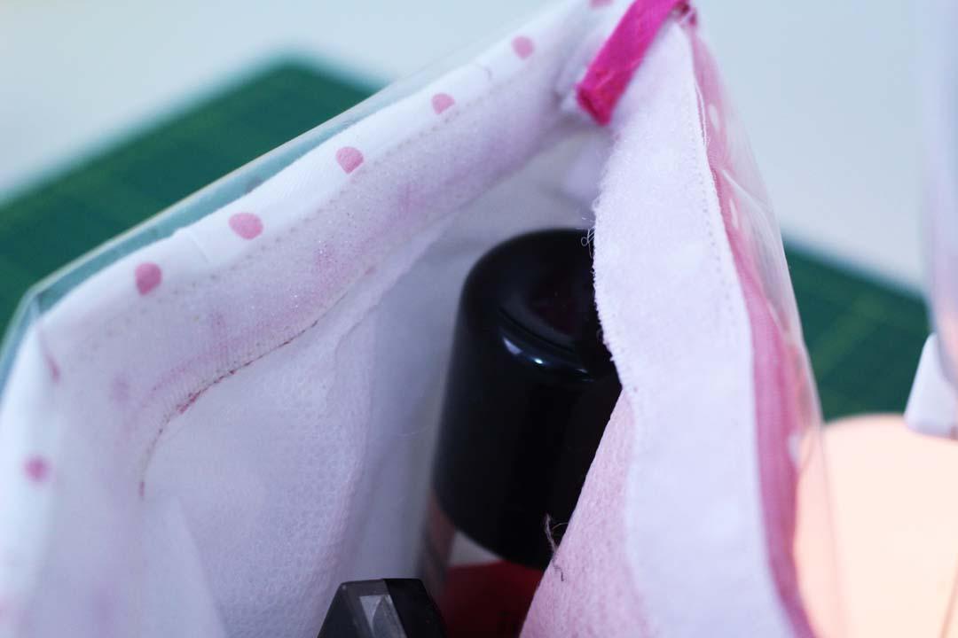dayse costa,diy,costura,costura criativa,creative sewing,necessaire,bolsinha,matelassê,técnicas de costura,costura para iniciantes,artesanato,plático,forro