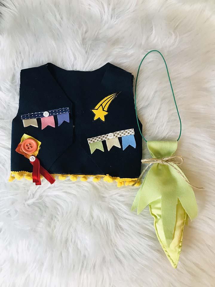 colete infantil para festa junina e gravata espiga de milho